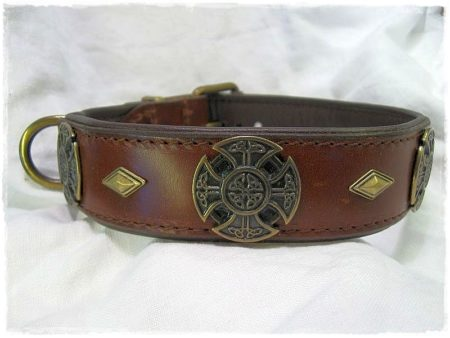 Hundehalsband Celtic Cross braun